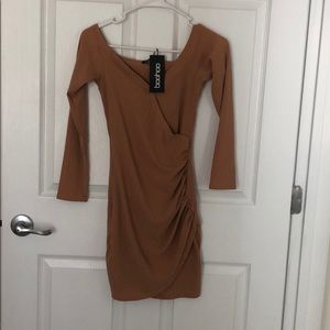 New boohoo camel colored bodycon dress